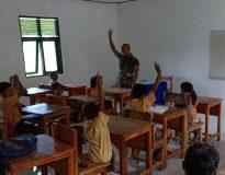 TNI jadi guru