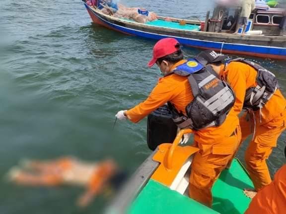Kapal tenggelam di perairan Tanjung Jabung Timur