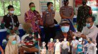 Vaksinasi massal di Mandiangin