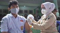 Vaksinasi Covid-19 pelajar di Kota Jambi