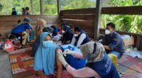 Vaksinasi Covid-19 warga terpencil di Merangin